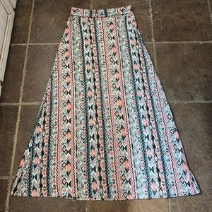 Living Doll maxi skirt. Sz M. Pink/coral